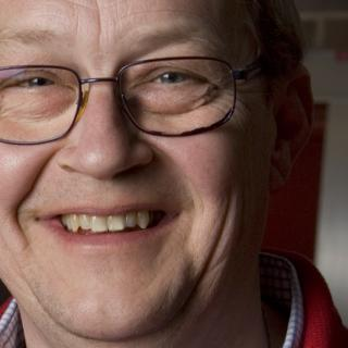 Lundgren kräver svar om Saab