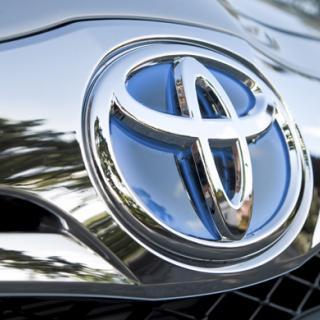 Toyotateknik styr bilen