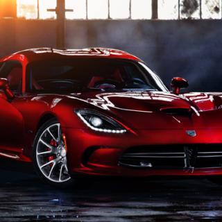 Chrysler: Krossa Dodge Viper