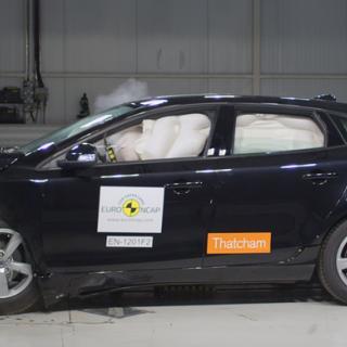 14 får fem stjärnor i Euro NCAP