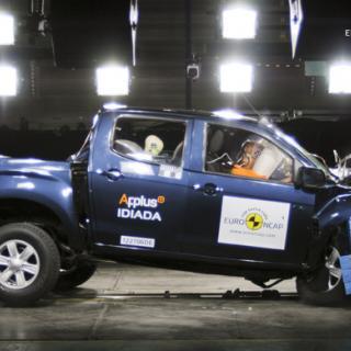 Volvo V40 får toppbetyg i Euro NCAP