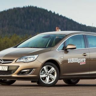 Biltest: Citroën C4, Hyundai i30, Kia Cee'd, Opel Astra, Volkswagen Golf (2012)