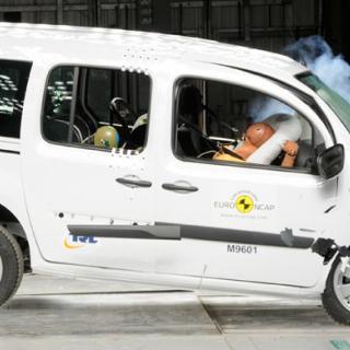 Mercedes återkallar Citan efter testfiasko