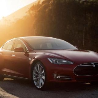 Platt krockkudde kunde kostat stjärnor för Tesla hos Euro NCAP.