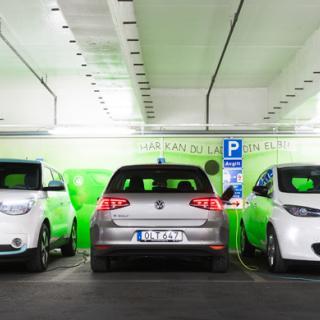 De eldrivna bilarna blir allt fler.