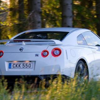 Provkörning: Nissan GT-R (2016)