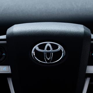 Efter krisåret: Nu kör Toyota om Volkswagen