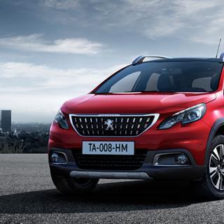 Peugeot 2008 får en mild facelift.