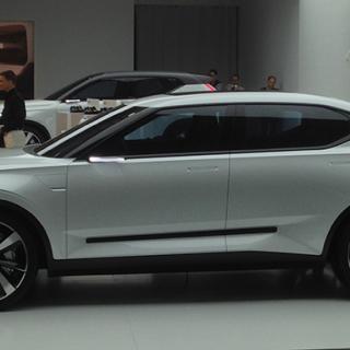 Volvo Concept 40.2 (V40 CC).