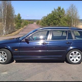 BMW 320iT 2000