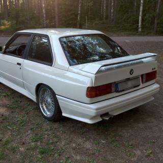 BMW M3 E30 replika 1989