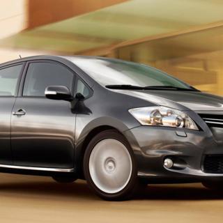 Över 1.600 Toyota Auris i Sverige måste få sina krockkuddar utbytta.