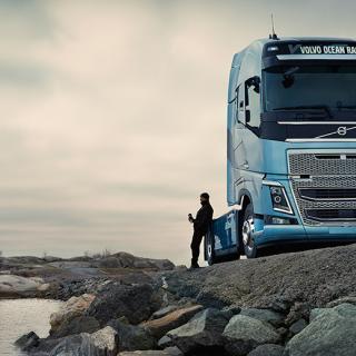 Volvochef petas efter Geelys köp i Daimler