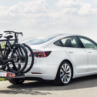 "Bygger om Tesla Model 3 till en ""hyperhybrid"""