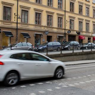 Nu ska BMW tvinga laddhybriderna att köra på el i miljözonerna