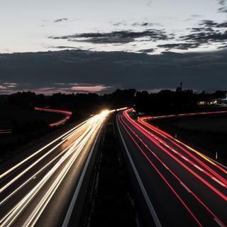 Nya kravet: Alla bilar måste ha hastighetsvarning