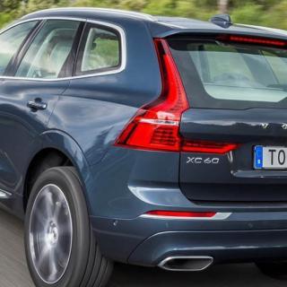 Volvo återkallar 366 000 bilar för fel i kylsystemet
