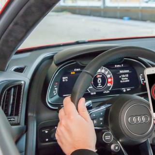 Mazdas strulande mobilapp retar upp elbilsägare