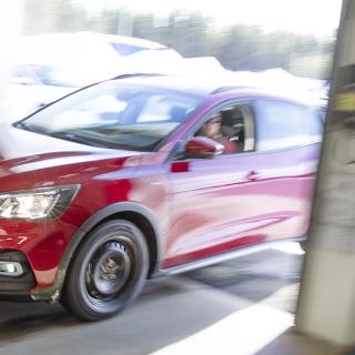 Coronakrisen driver bilhandlare och verkstäder i konkurs