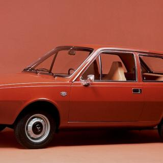 Audi 100 blev en riktigt hal typ – snål, snabb och tyst