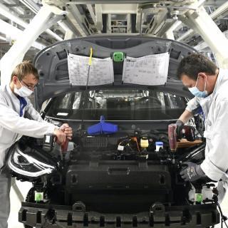 Volkswagen Golf och Passat kan försvinna – ersätts av ID-modeller