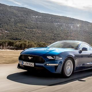 Ljustest: Ford Mustang V6 Convertible