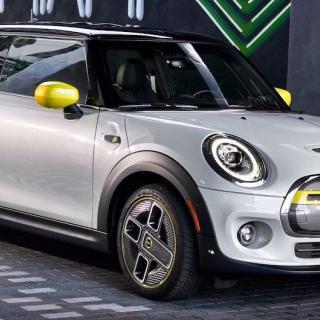 Mini firar dubbelt – 60 år och 10 miljoner bilar