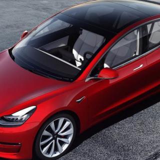 Trög produktion av Model 3