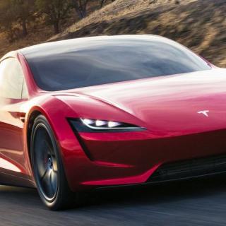 """Tesla stämmer Rivian – """"Ser ett oroväckande mönster"""""""