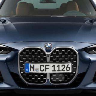 Tung start för vår BMW i3