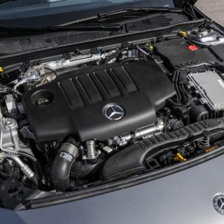 Mercedes C-klass 2012 får ansiktslyft