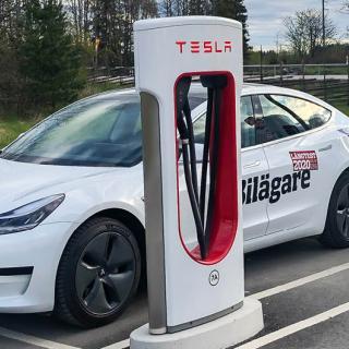 Långresa med elbil: Följ med till Nordkap i Tesla