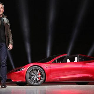 Tesla blir kvar på börsen