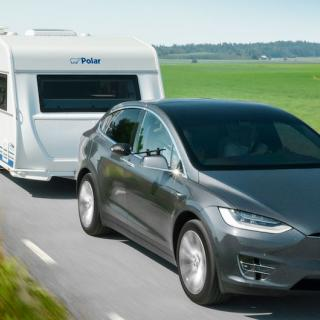 Frågetecken kring dragkrok på Tesla Model 3 –på väg att fasas ut?
