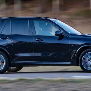 BMW:s flexbil bekänner färg