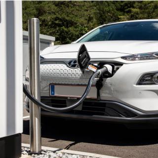 Nu har elbilstillverkarna fått en egen lobbygrupp