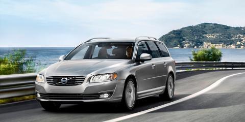 Frågeställaren undrar vilken motor som är renast till Volvo V70 årsmodell 2016: dieseln D3 eller bensinaren T4.