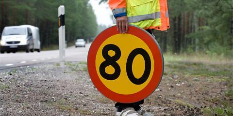 80-skyltarna blir en allt vanligare syn på svenska vägar. Foto: Ulf Palm/Trafikverket