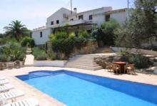 Det här huset i spanska Andalusien har plats för mellan sex och tio personer och kostar mellan 6 000 och 11 000 kronor per vecka beroende på säsong.