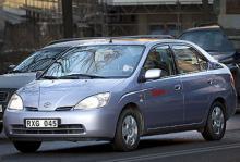 Toyota Prius - så står sig hybriden mot V50 och S-Max