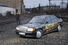 Sugen på att läsa mer om 1980-talsikonen Mercedes 190E 2,3-16? Vi Bilägares systertidning Automobil har under ett par år haft just en sådan som projektbil. Följ renovering, vedermödor och glädjeämnen på www.automobil.se. Foto: Daniel Östlund