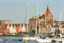 Nästan hälften av Rostock förstördes i slutskedet av andra världskriget. Numera är nästan allting återuppbyggt och Rostock är en av den tyska Östersjökustens pärlor.