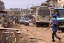 Dålig infrastruktur är en orsak till de höga dödstalen.