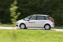 Citroên C4 Picasso kostar i sitt billigaste utförande 204 900 kronor (diesel, 110 hk). Vår provkörningsbil har den starkare dieselmotorn på 138 hk och kostar i grundutförande 224 900 kronor.