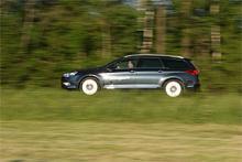Vi Bilägare har provkört Citroën C5 och Volvo V70 i de starkaste dieselutförandena: V6 HDi respektivt D5. Citroëns V6-motor på 2,7 liter och 204 hk ersätts till årsmodell 2010 av en trelitersmotor på 240 hk.