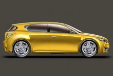 Nya lilla Lexus får hybriddrift och ska konkurrera med prestigebilarna i Golfklassen. Bilen gör debut om drygt ett år och illustrationen visar femdörrarsversionen, där bakdörrarna på Alfa-manér har dolda handtag.