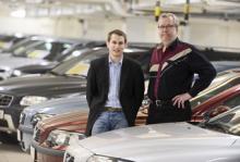 Toni Simola, vd för Bilgaraget.se, vill tillsammans med Vi Bilägares chefredaktör Nils-Eric Frendin skapa Sveriges enda nödvändiga annonsplats för begagnade bilar.
