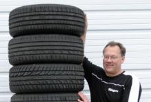 Vi Bilägares däckexpert Erik Rönnblom.