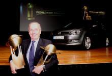Volkswagens designchef Walter de Silva tog emot priserna.