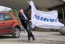 Suzuki rusar mot toppen, med dess vd Mattias Larsson i spetsen.